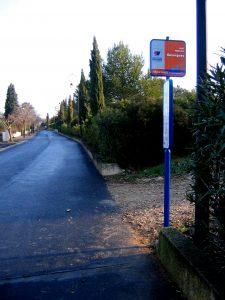 Guzargues : arrêt de bus
